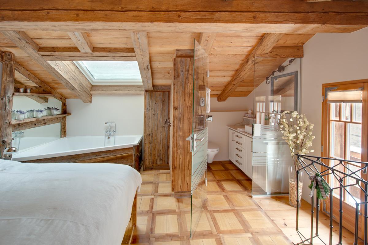 Chalet schatzchischta zermatt chalet mit charme chalet for Holzchalet bauen